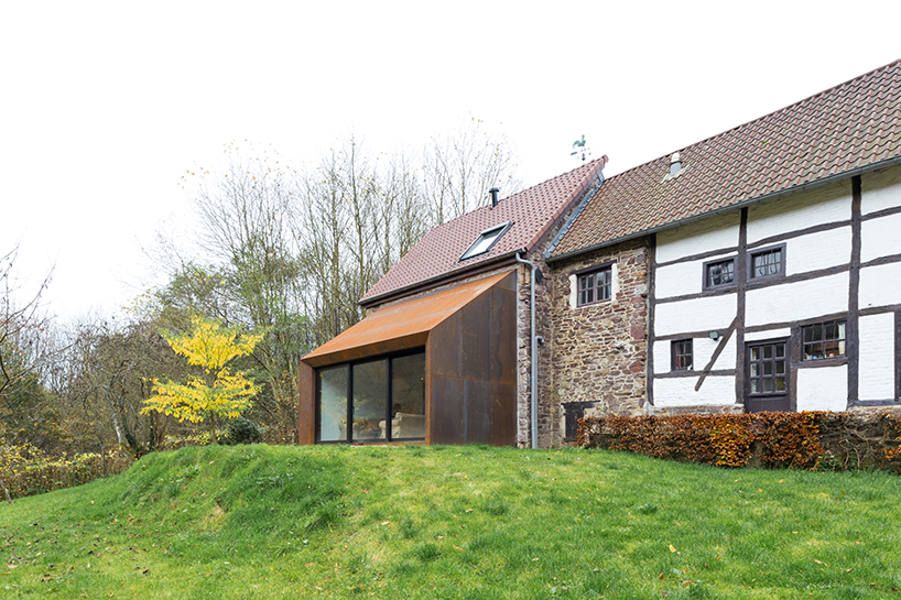 Puzzles Architecture Corten Steel Extension